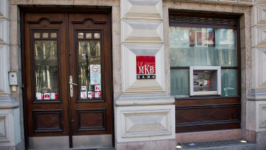 Hungary MKB Bank's H1 profit drops 55%
