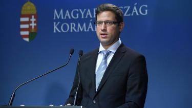 Hungary to cut public administration 15 to 20%