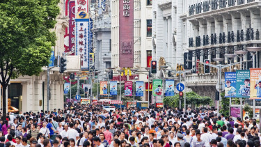 Illegális szerencsejáték-barlangot kapcsolt le a hatóság - 400 kínait tartóztattak le