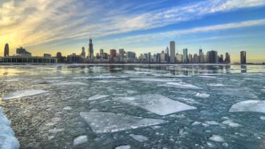 ingatlanok tél befagyott piac