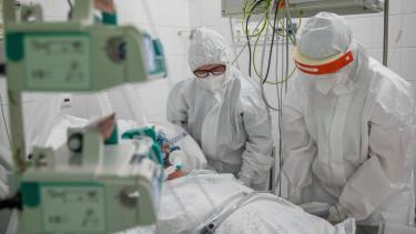 intenziv osztály koronavírus járvány lélegeztetőgép negyedik hullám