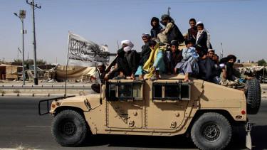 Iszlamista tálib fegyveresek Kandahárban