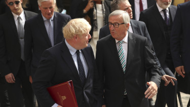 Jean-Claude Juncker és Boris Johnson