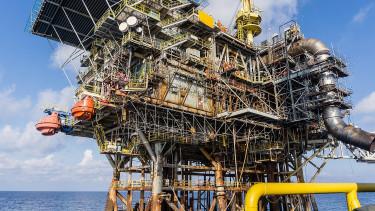 Jókora esés jöhet az olaj árában