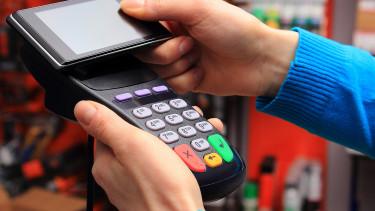 Jön az új fizetési rendszer Magyarországon - Íme a menetrend