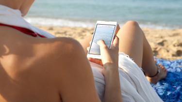 Jóval többet mobilozunk külföldön a roamingdíjak eltörlése óta