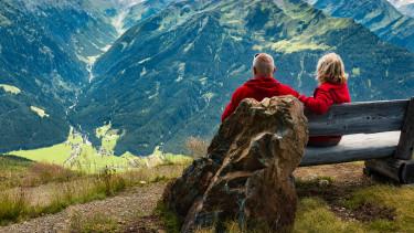 Jövőre is emelkedik a magyar nyugdíjkorhatár - Mit okoz?