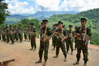 Kachin_Independence_Army_cadets_in_Laiza_(Paul_Vrieze-VOA)