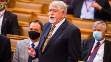 kásler miklós orvos béremelés parlament