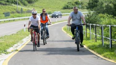 kerékpár bicikli révész máriusz