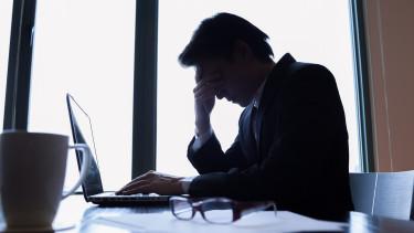 Kevesebb szabadság, hosszabb munkaidő - Felháborodtak a közszférában dolgozók