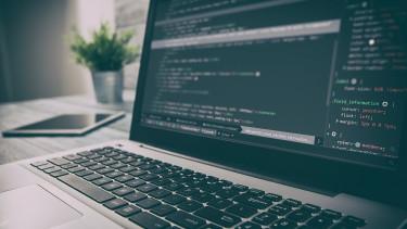 Kicsit sem ijesztő: önmagát védő és fejlesztő szoftverrendszert építettek