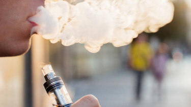 Kimondták: az elektromos cigaretta káros az egészségre