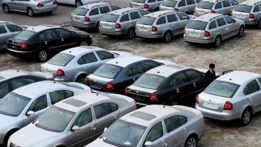 kínai autóeladás