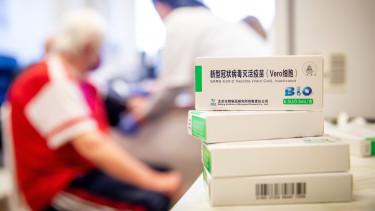 kínai vakcina oltás egészségügy