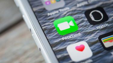 Kínos hiba miatt bárki lehallgathatta az iPhone-okat
