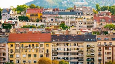 Kisbefektetők tragédiája: akkor ülünk az ingatlanvonatra, amikor már késő?