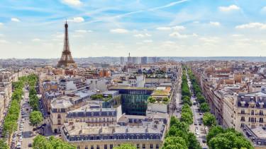 Kitiltaná Párizs belvárosából az autókat a főpolgármester