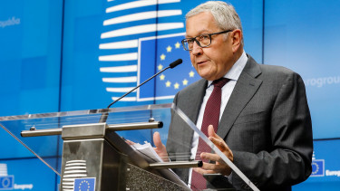 Klaus Regling, managing director of the European Stability Mechanism, speaks during a news conference following a Eurogroup meeting in Brussels, Belgium, on Monday, Nov. 5, 2018.