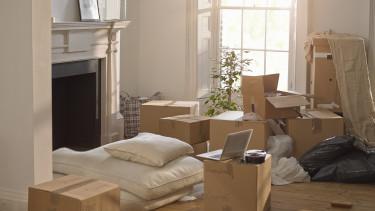 költözés dobozok