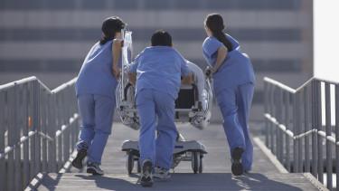 kórház doktorok orvos