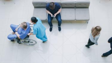 kórház váróterem