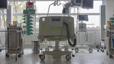 kórházi ágy egészségügy