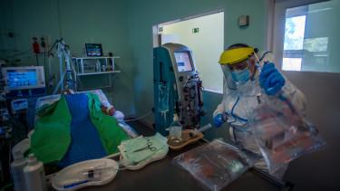 koronavírus járvány kórház lélegeztetőgép egészségügy halálozás haláleset