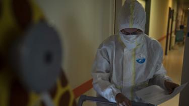 koronavírus járványkórház szent lászló orvos ágy