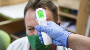 koronavírus lázmérés oltás vakcina fertőzés