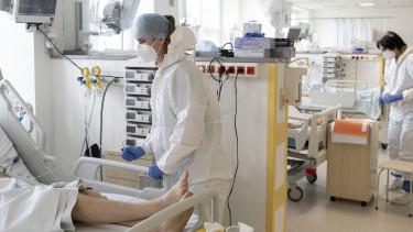 koronavírus magyarországon járvány kórház lélegeztetőgép