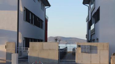 Lakóparki beruházás Fonyódon, közvetlenül a parton
