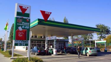 Lassan annyi bevételük lesz a benzinkutaknak a kávékból és szendvicsekből, mint üzemanyagból