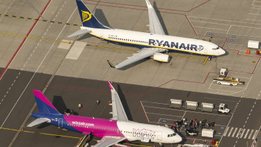 Lecsaptak a Ryanairre és a Wizzairre