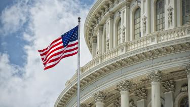 Leminősíthetik az Egyesült Államokat! - Kemény figyelmeztetést kaptak a Fitch-től