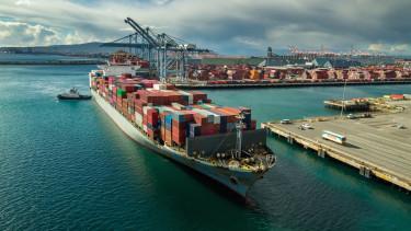 logisztika szallitmanyozas kontener hajo kereskedelem