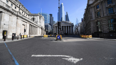 londoni elemzők city