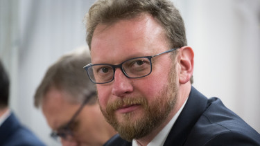 lukasz szumowski getty editorial
