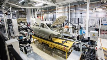 magyar autogyartas leallas Mercedes-Benz Audi Suzuki