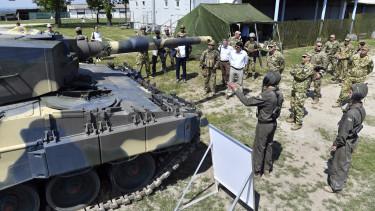 magyar honvédség tank