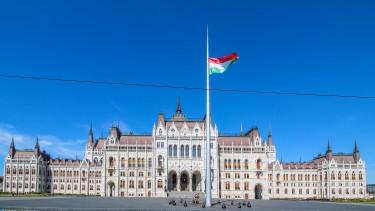 magyar parlament jogallamisag eu-penzek 201029