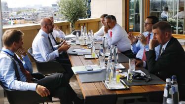 magyarorszag lengyelorszag koltsegvetes veto b terv jogallamisag europai unio 201117