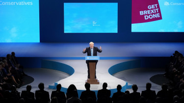 MANCHESTER, ENGLAND - OCTOBER 02: British Prime Minister Boris Johnson delivers his keynote speech onstage on the final day of the Conservative Party Conference at Manchester Central on October 2, 2019.