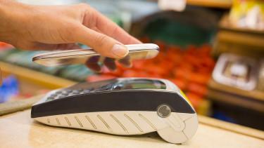 Már egy mezei okostelefont is kártyaelfogadó terminállá lehet alakítani