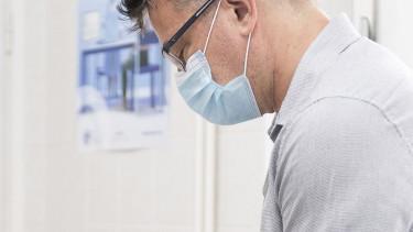 maszkhasználat orvosi maszk