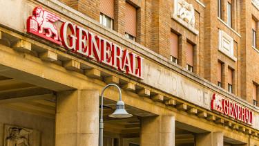 Még Magyarországon is bevásárolhat az olasz biztosítóóriás