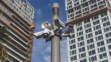 megfigyelés kamera állam összeesküvés
