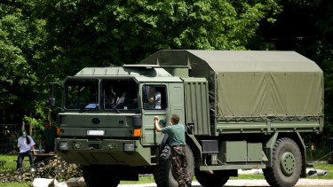 Meghalt egy katona az M7-es konvojbalesetben (2.)