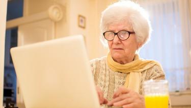 Megszólalt a GIRO: már a bankoknál a nyugdíjak
