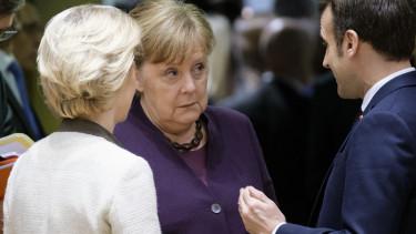 Merkel Macron von der Leyen unios koltsegvetes helyreallitasi alap200520